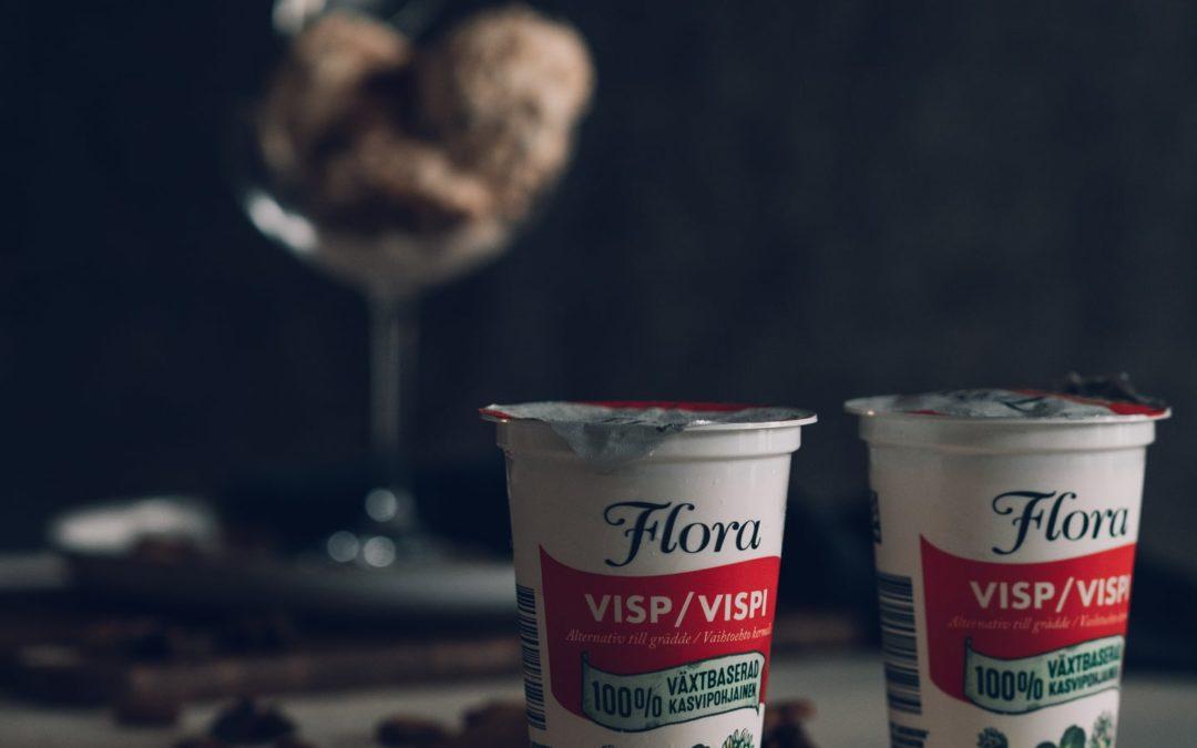 VEGAANINEN PIPARKAKKUJÄÄTELÖ (ilman jäätelökonetta)